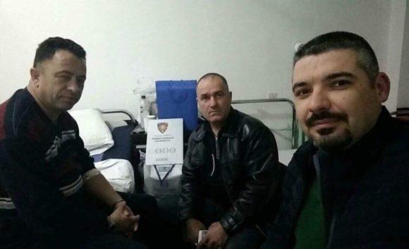 Независниот синдикат на полицијата во посета на повредениот полицаец во Кумановската болница